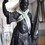 la statua dopo il restauro