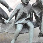 particolare della figura di Giulia, prima del restauro
