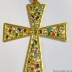 croce pettorale in oro con ametista, tormaline quarzo rosa, zaffiri, turchesi, zirconie