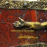 foto n. 10 - solfurazioni e microcrateri braccio destro Cristo.300