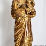 Madonna con bambino, sec. XIV, rame dorato, cristalli e corallo